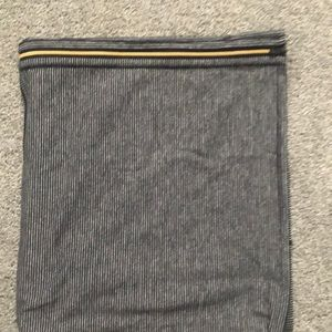 Lululemon vinyasa scarf with gold zipper